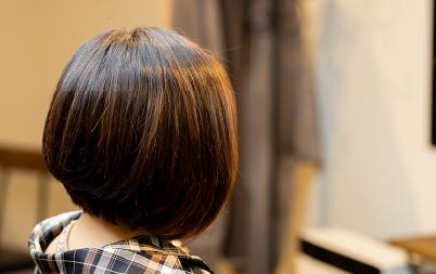 髪の艶を取り戻すヘナ